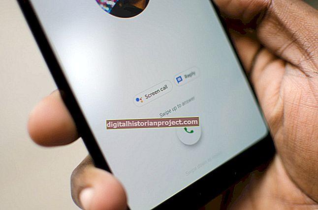একটি ব্রোকন স্ক্রিন সহ আইফোন থেকে কলগুলি কীভাবে ফরোয়ার্ড করা যায়